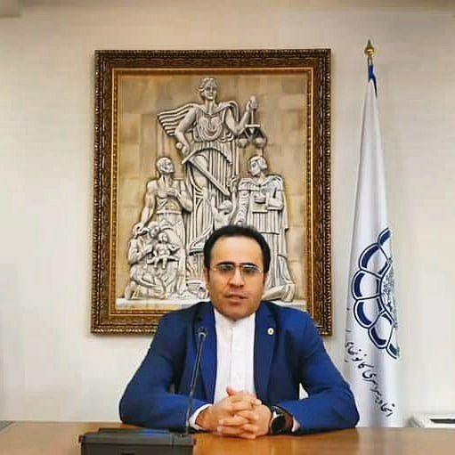حکم سخنگوی اتحادیه سراسری کانون های وکلای دادگستر ی ایران برای دکتر ابراهیم کیانی