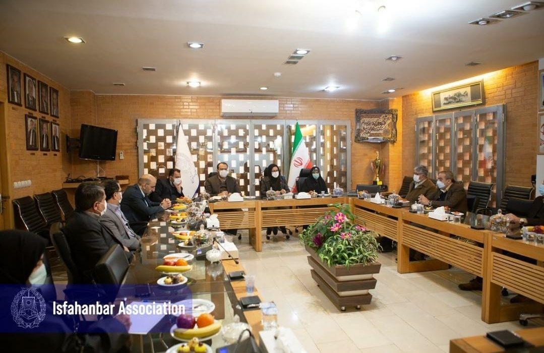 گزارش نشست هیات مدیره کانون وکلای دادگستری استان اصفهان با نمایندگان مجلس شورای اسلامی